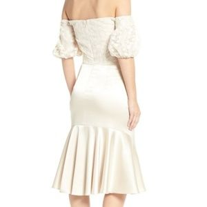 Gal Meets Glam Dresses - NWT - Gal Meets Glam - Off-the-Shoulder Dress